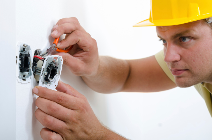Certified Electrician in Perth Fe